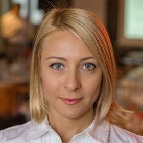 Alexandra Roxana Popa | Adoptăm Studenți