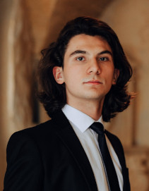 Damian Stan | Adoptăm Studenți
